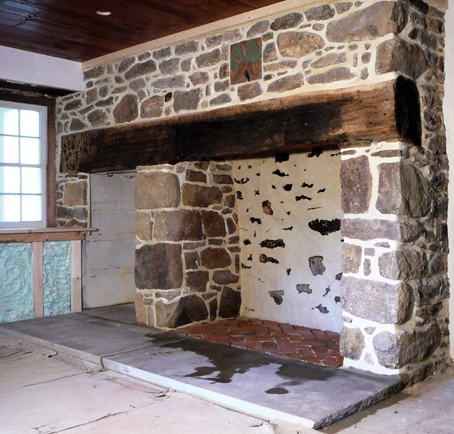 stone-masonry-fireplace-01